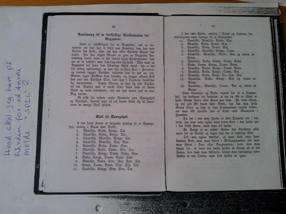 """Uddrag fra bogen: """"Nyeste Dansk Spillebog indeholdende rigtig og tydelig Underviisning i l´hombre m.fl. spil"""" (fra 1868), som Helges elever fik fornøjelsen af at studere."""